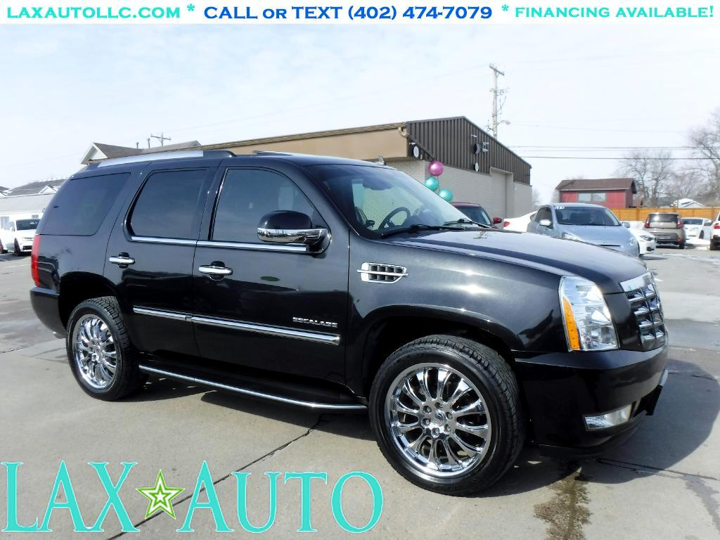 2011 Cadillac Escalade Luxury * Only 80k Miles! * Navi! DVD! Back-up Cam!