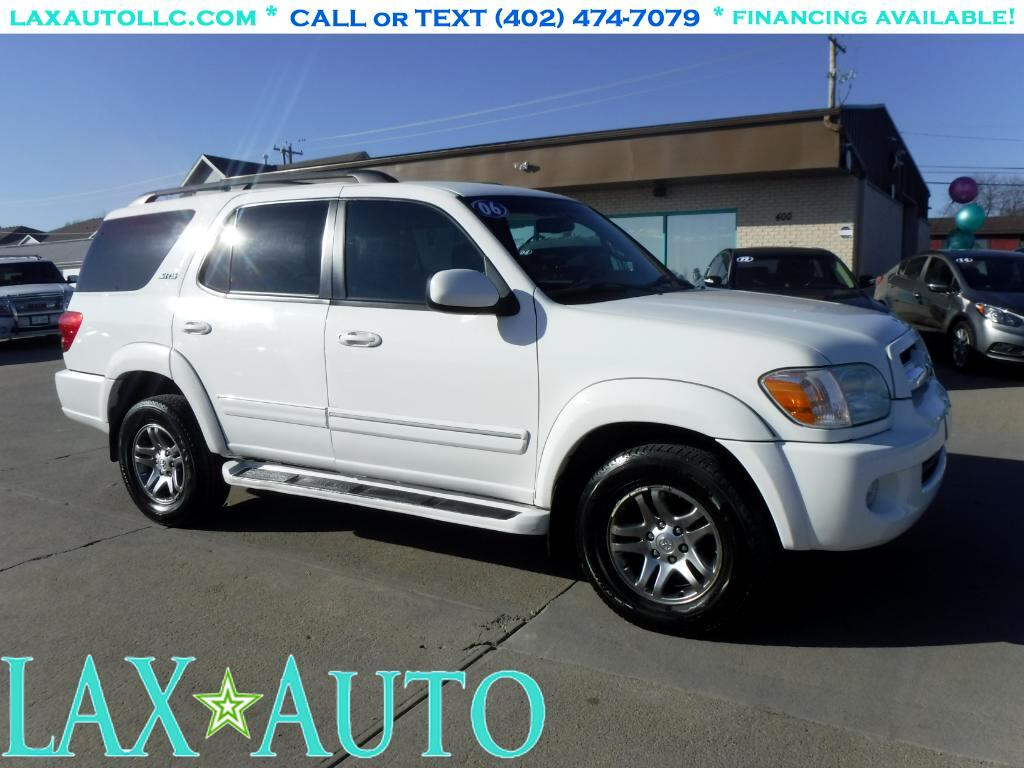 2006 Toyota Sequoia SR5 4WD SUV * 3rd row seating! * Only 80k miles! *