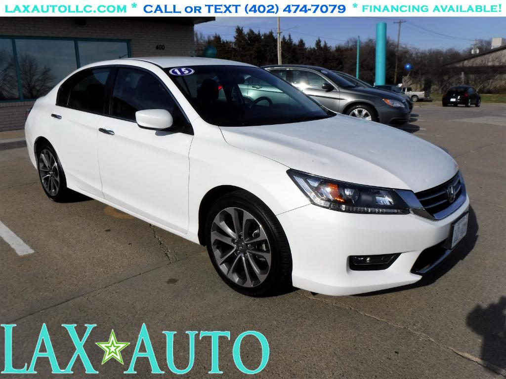 2015 Honda Accord Sport Sedan * Only 22k miles!! * Back- up cam! *