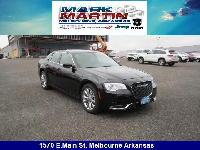 2015 Chrysler 300 AWD Limited 4dr Sedan