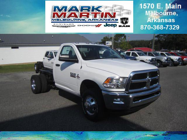 2018 RAM 3500 4x4 SLT 2dr Regular Cab 143.5 in. WB Chassis
