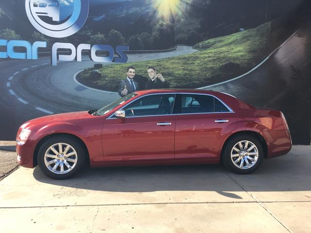 2012 Chrysler 300 4dr Sdn Limited RWD