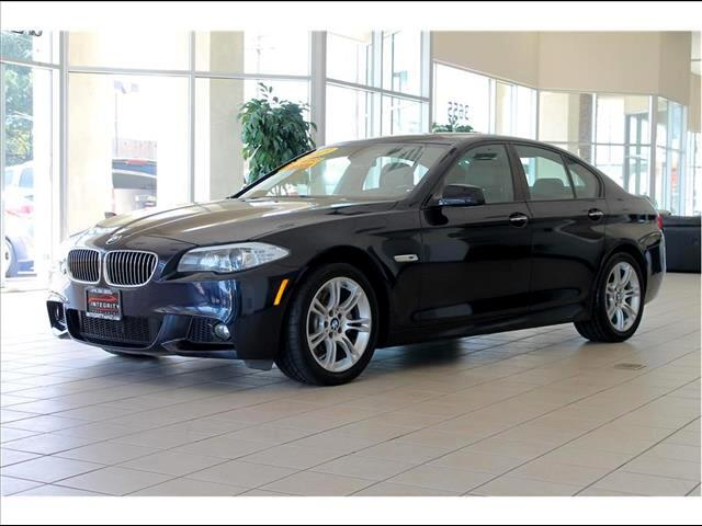2013 BMW 5-Series Approximate monthly car payment is 310 This beautiful blue color 2013 BMW 528i i