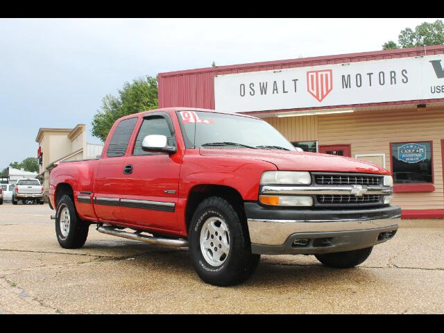 2001 Chevrolet Silverado 1500 LS Ext. Cab Long Bed 4WD
