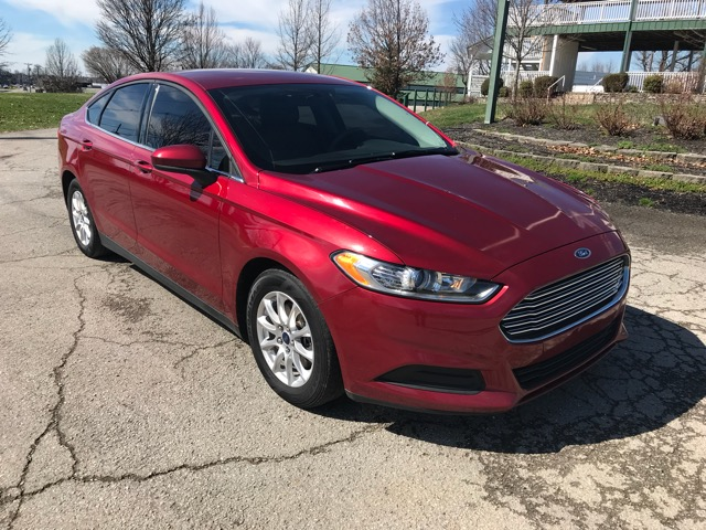 2015 Ford Fusion 4dr Sdn S FWD