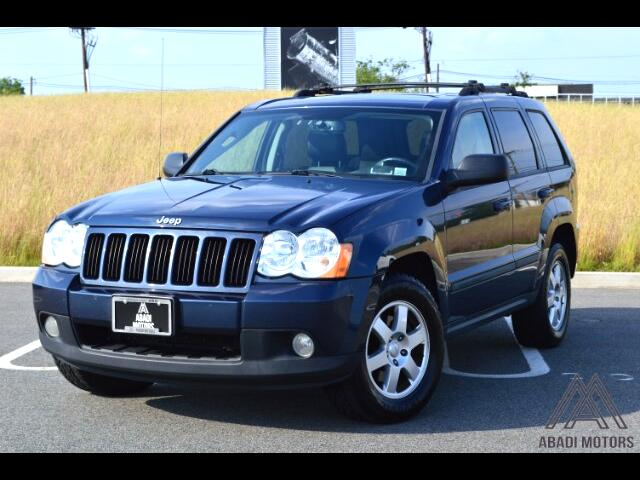 2009 Jeep Grand Cherokee Larado 4WD With Leather and Sunroof