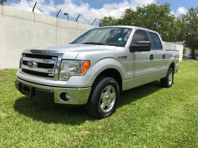 2013 Ford F-150 XLT SuperCab 5.5-ft Box 2WD