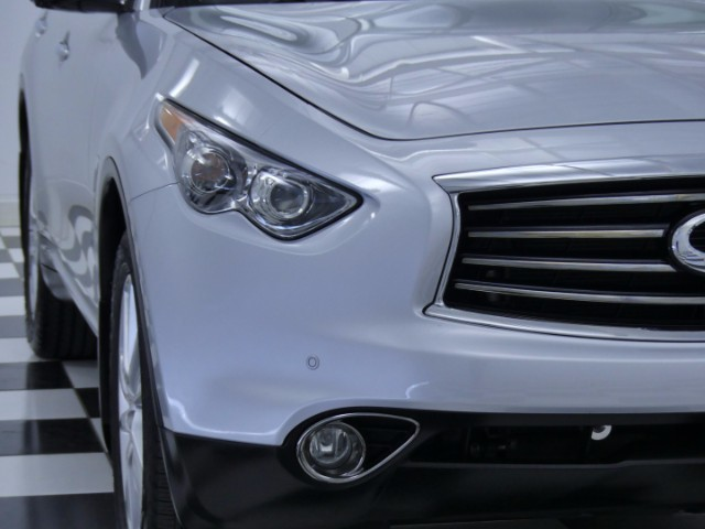 2013 Infiniti FX37 w/ Deluxe Touring Package