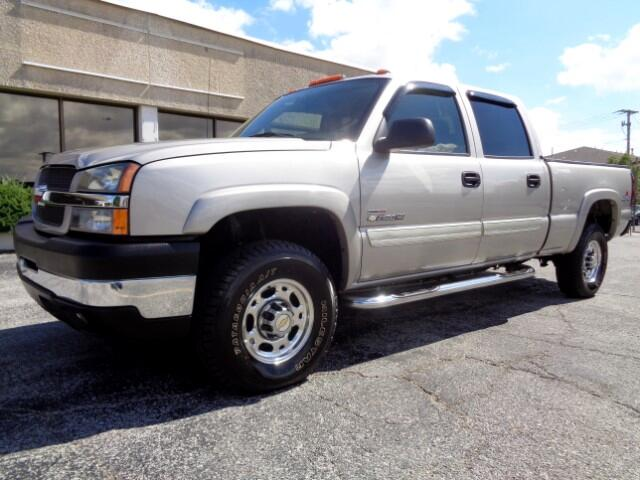 2004 Chevrolet Silverado 2500HD LS Crew Cab Short Bed 4WD