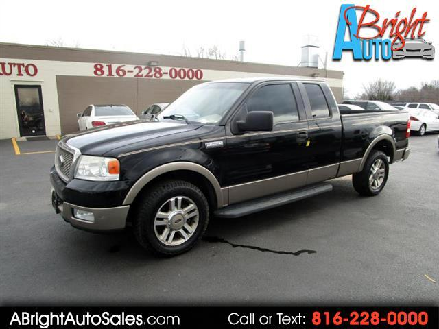 2005 Ford  LARIAT CLEAN!