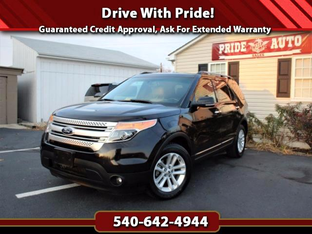 2013 Ford Explorer XLT w/Navigation, Backup Camera