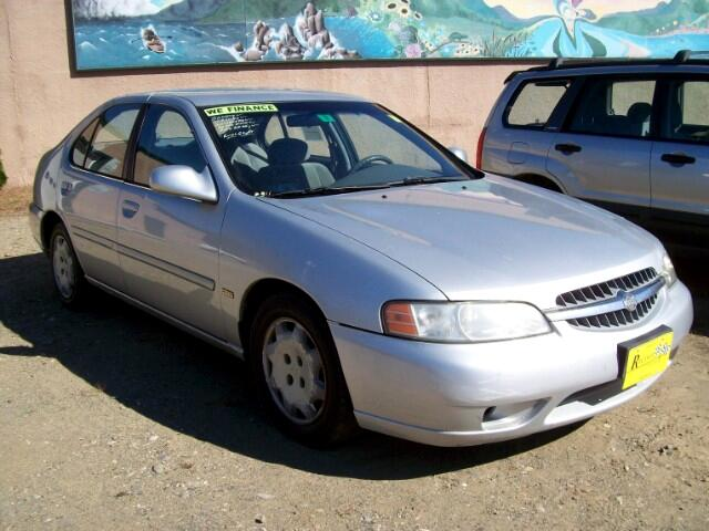 2001 Nissan Altima XE