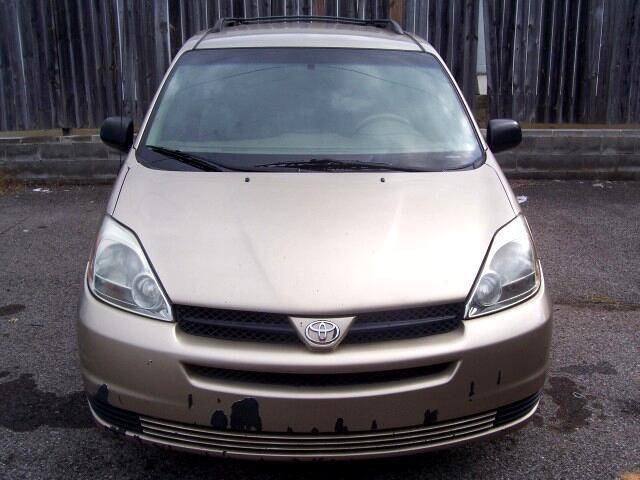 2005 Toyota Sienna LE - 7 Passenger Seating