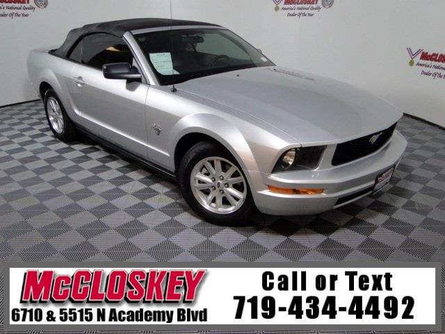 2009 Ford Mustang V6 45th Anniversary Convertible