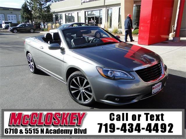 2013 Chrysler 200 S Hardtop Convertible