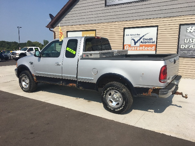1999 Ford F-150 WS SuperCab Short Bed 4WD