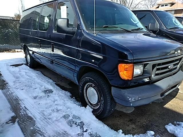2003 Ford Econoline E150 VAN