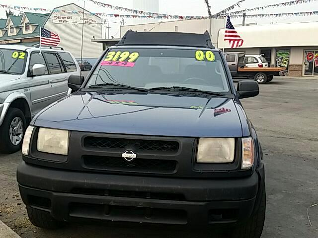 2000 Nissan Xterra XE 4WD