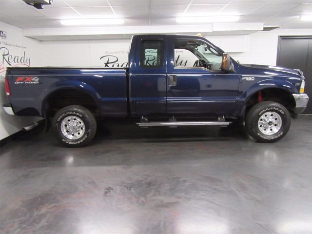 2004 Ford F-350 XLT SuperCab 4WD