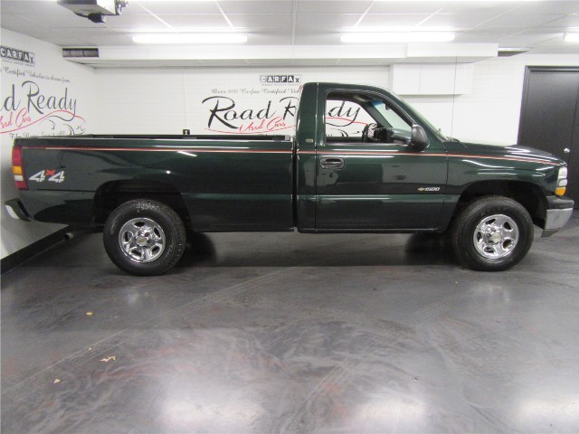 2002 Chevrolet Silverado 1500 LS Reg. Cab Long Bed 4WD