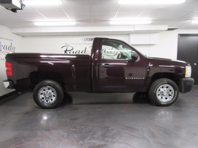 2008 Chevrolet Silverado 1500 Reg. Cab Short Bed 2WD
