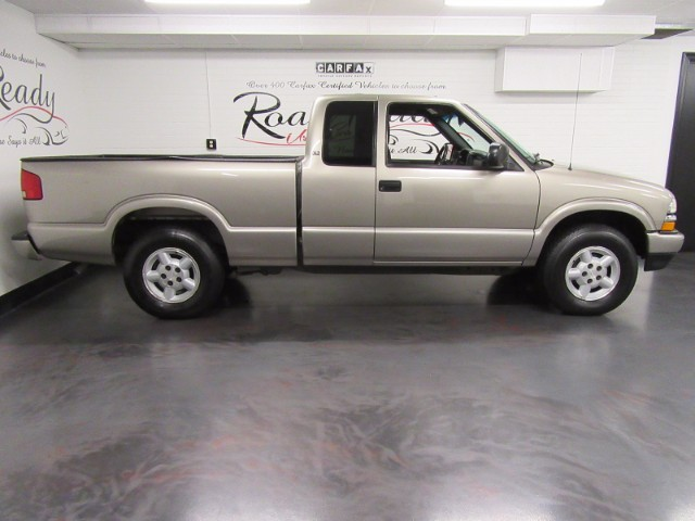2003 Chevrolet S10 Pickup LS Ext. Cab Short Bed 4WD