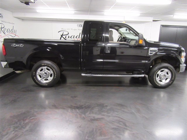 2009 Ford F-250 XLT SuperCab 4WD