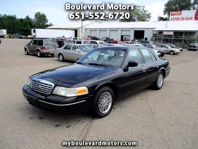 2002 Ford Crown Victoria Standard