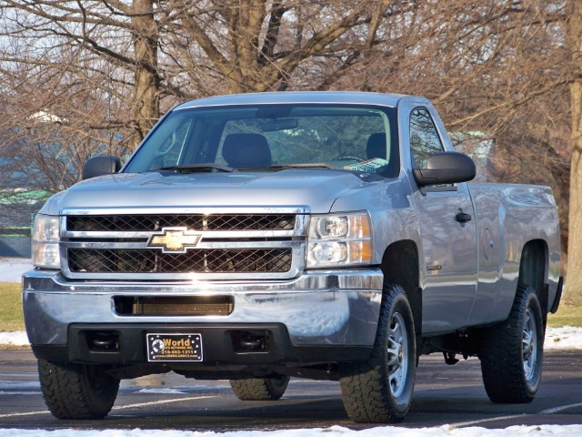 2011 Chevrolet Silverado 2500HD Work Truck Long Box 4WD