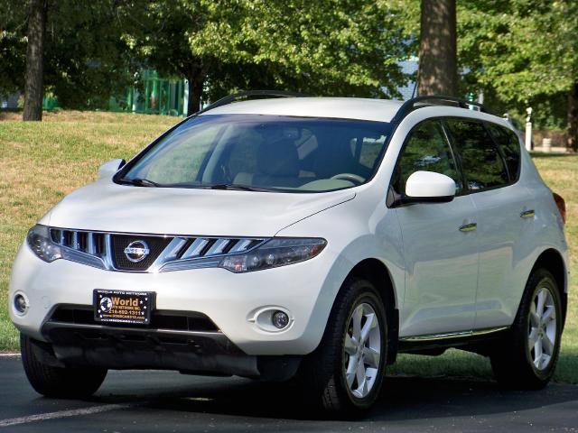 2009 Nissan Murano SL. Low Mileage 98k. Heated Leather Seats Package.