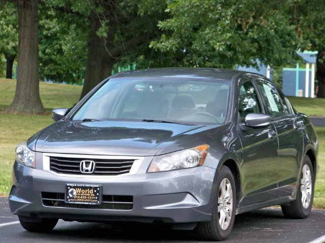 2008 Honda Accord LX-P Sedan. Fully Loaded. Well Maintained. Must Se