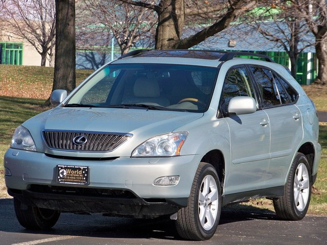 2007 Lexus RX 350 AWD. GPS In-Dash Navigation System. Heated Leather