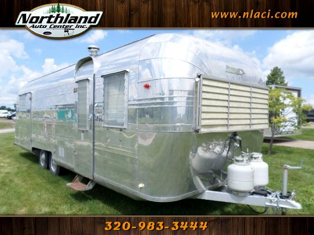 1959 Streamline Travel Trailer 26 Feet