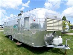 1959 Streamline Travel Trailer