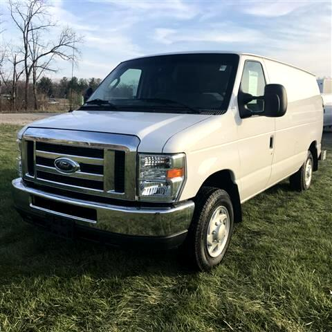 2013 Ford Econoline E150 VAN CARGO w/ COMPRESSOR