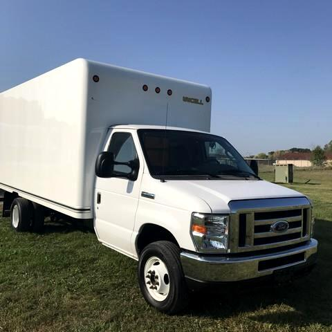 2016 Ford Econoline 16 FT CUTAWAY BOX TRUCK