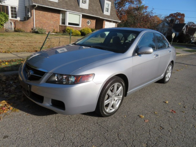 2005 Acura TSX 6-Spd MT