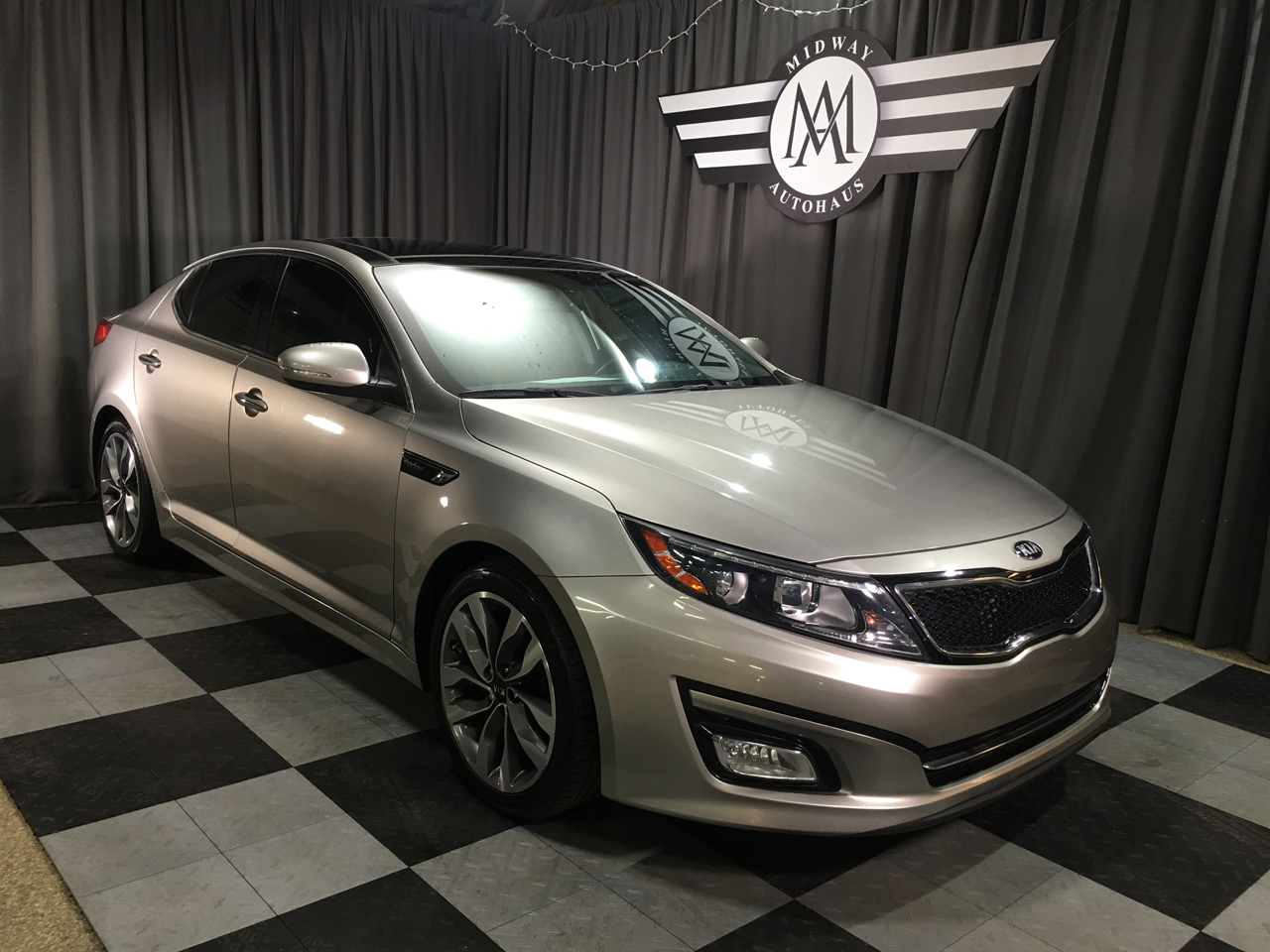 Pre-Owned 2015 Kia Optima 4dr Sdn SX Turbo