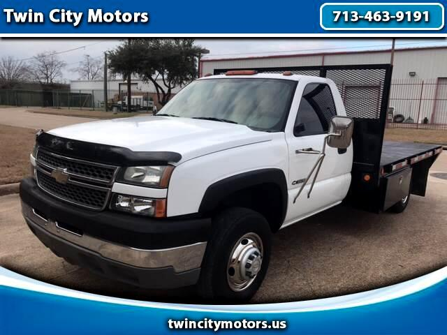 2005 Chevrolet Silverado 3500 Regular Cab 2WD