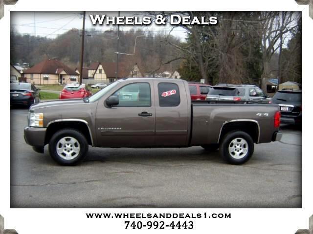"""2008 Chevrolet Silverado 1500 4WD Ext Cab 143.5"""" LT"""