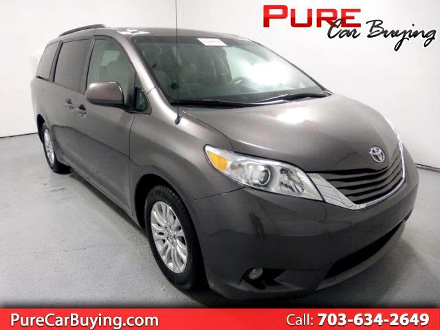 2014 Toyota Sienna XLE **1 OWNER VEHICLE**