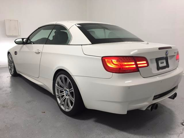 2011 BMW M3 Hard Top Convertible **LOW MILES//CARFAX CERTIFIED