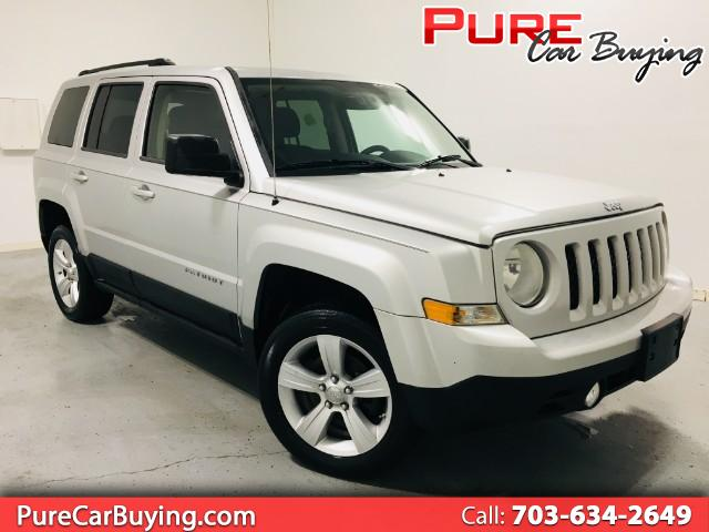 2012 Jeep Patriot Latitude 4WD **CARFAX CERTIFIED//1 OWNER VECHICLE*
