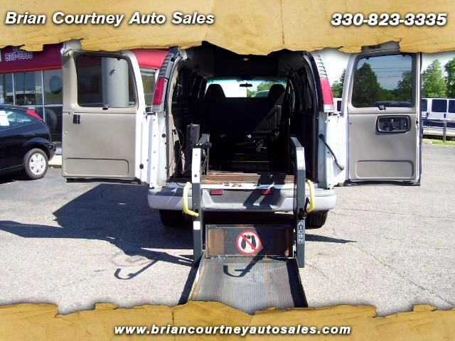2001 Chevrolet Express 3500 Extended
