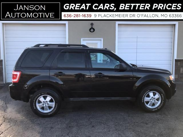 2011 Ford Escape XLT MOONROOF ALLOY WHEELS SUPER CLEAN! MUST SEE!!