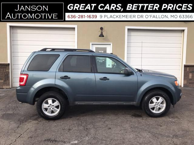 2010 Ford Escape XLT ALLOYS NEWER TIRES SUPER CLEAN! MUST SEE!!