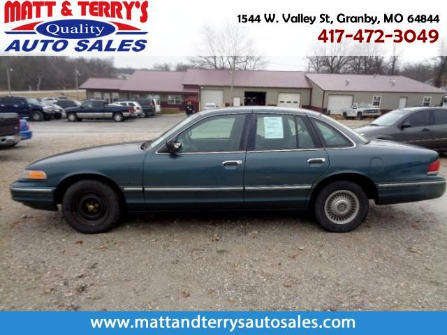 1995 Ford Crown Victoria Base