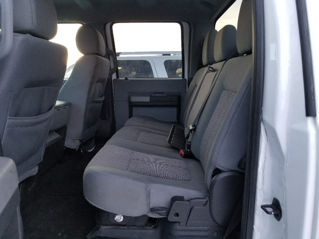 2016 Ford F350 XLT CREW CAB 4WD
