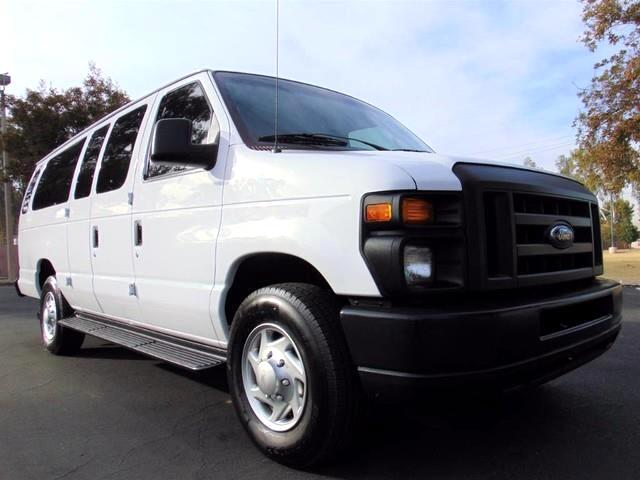 2013 Ford Econoline E-350 XL Super Duty Extended