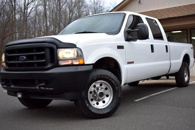 2004 Ford F-250 SD XL Pickup 4D 8 ft